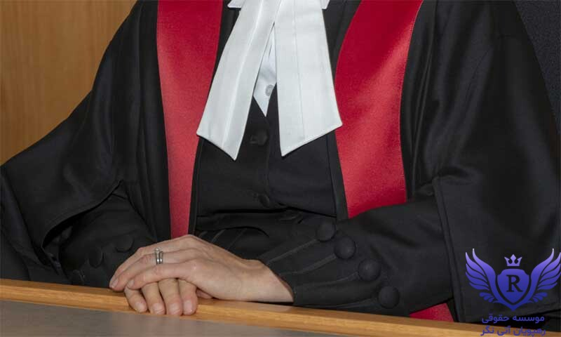 اهمیت انتخاب و معرفی وکیل